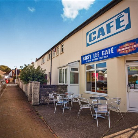 Well Established Cafe with Accommodation