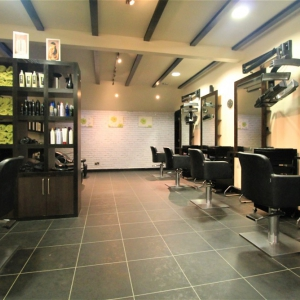 Profitable Hair Salon in Heathfield Town Centre