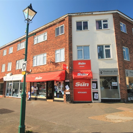 Freehold Newsagents with Three Bedroom Maisonette