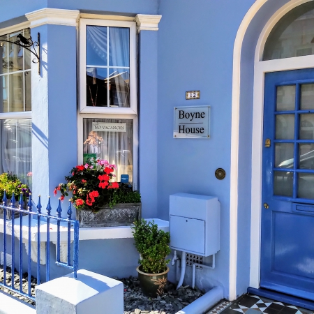 Well Appointed 7 Bedroom Guest House in Eastbourne