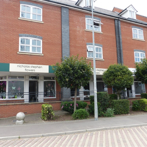 Long Leasehold Ground & First Floor Commercial Property in Colchester