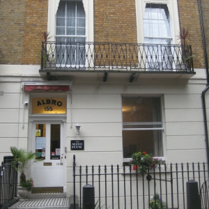 substantial-victorian-luxury-b-b-sussex-gardens-london-w2